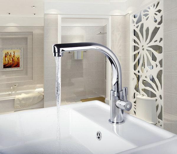 Здесь можно купить   New Design Swivel 360 Spray Chrome Brass Water Sink Kitchen Torneira Cozinha Tap Mixer Faucet Kitchen Torneira Cozinha 8453-2/4 Строительство и Недвижимость
