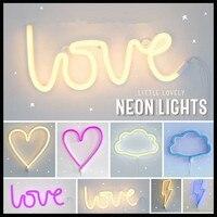 DOPROWADZIŁO Neon Miłość Piorun Chmura Księżyc Gwiazda Neon Słowo Plakat Ścienne Fotografia Prop Tło Wystrój Pokoju Dekoracji Sklepów