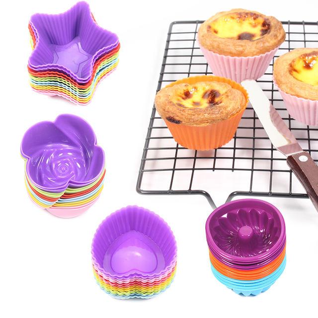 Patterned Multicolor Pan for Baking Set 32 Pcs
