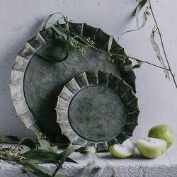Unikalny kwiatowy obręczy ręcznie wykonane w stylu Vintage Antique metalowa taca Ribboned okrągły żelaza taca rustykalny retro tacy dla domu ślub kościelny w Tace od Dom i ogród na