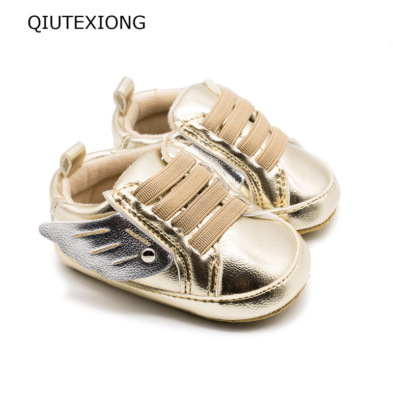 Baby Boy Shoes Gold Wings Toddler Moccasins Soft Sole Shoes For Baby Girl Wing baby shoes fly baby Low Skate shoes