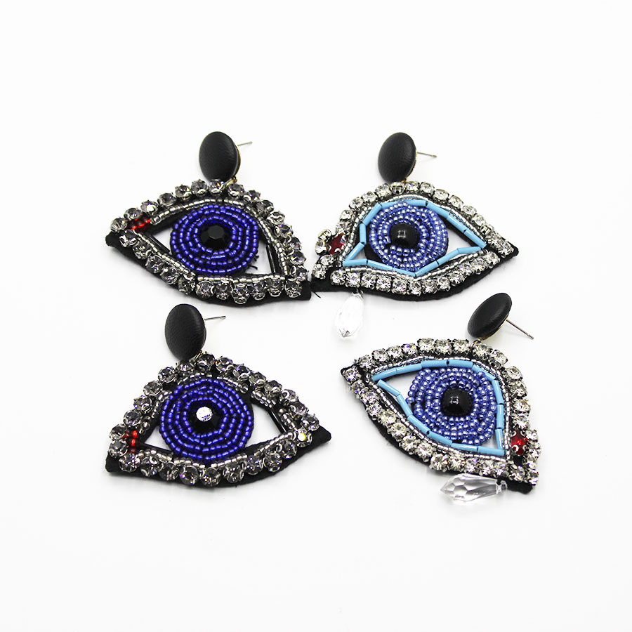 Exaggerated mask eyes earrings female with the paragraph Funny face earrings retro lips earrings 738 the earrings book