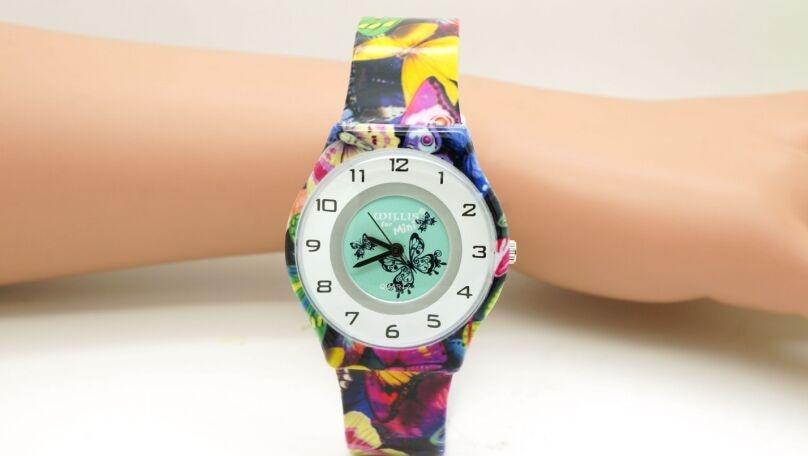 Women Fashion Butterfly Quartz Brand Watch Round Dial Analog Wrist Watch With Willis Ultrathin Plastic Band 0840