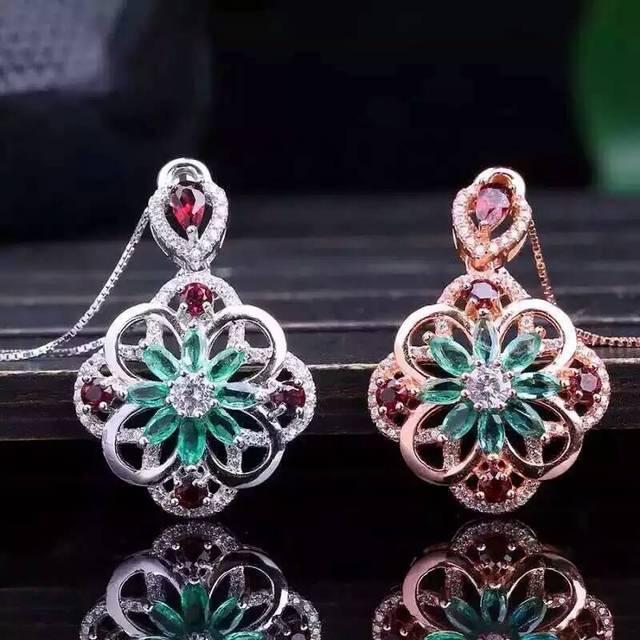 Verde esmeralda natural piedra colgante s925 Natural Colgante de piedras preciosas Collar de joyería de las mujeres de moda Elegante flor de girasol