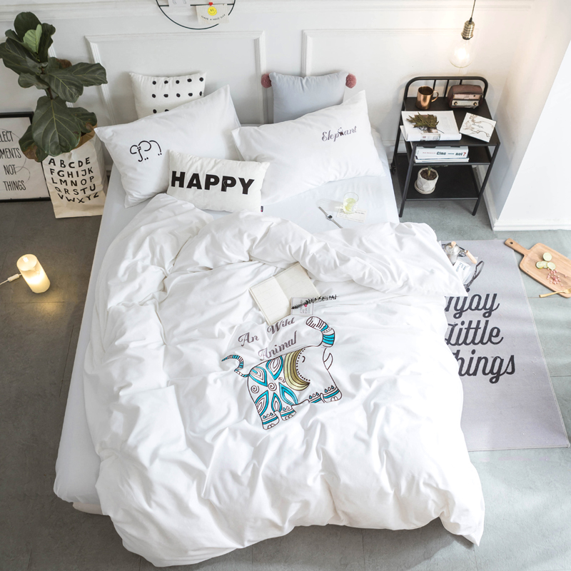 100% Cotton Elephant Embroidery White Bedding Sets Queen King size Soft Bedclothes Duvet Cover Bed sheest set Pillowcas