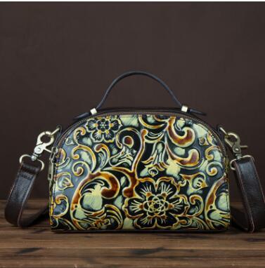 Vintage genuine leather women's handbag handmade embossed fashion small messenger bag portable flap bag vintage cowhide bag сгон прямой американка прямая 1 в н smart ns mp у ис 072266