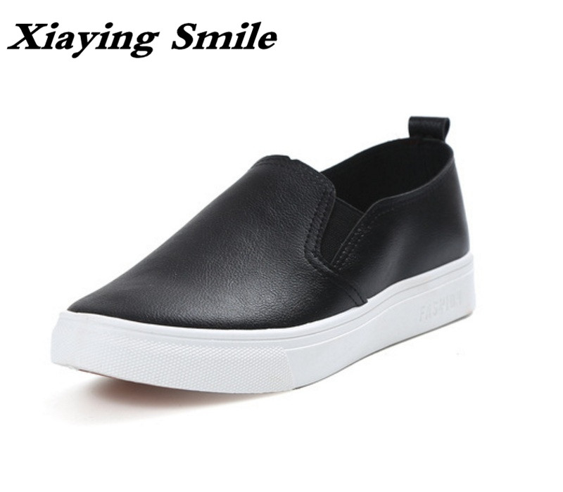 Xiaying Smile Woman Flats Women Brogue Shoes Loafers Spring Summer Casual Slip On Round Toe Shallow Black White Women Shoes 2017 summer new fashion sexy lace ladies flats shoes womens pointed toe shallow flats shoes black slip on casual loafers t033109