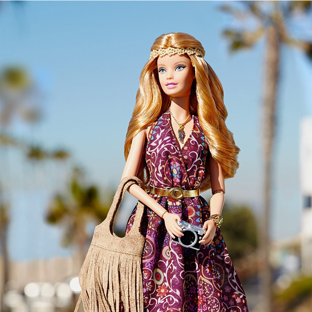 b4f397fa70322 Barbie Doll Collection Limited Edition Fashion Street Shoot Beautiful Dress The  Barbie Look Doll DGY11