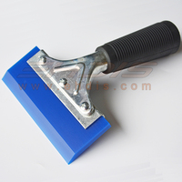 5 Pro Squeegee Deluxe Handle With Blue Blade