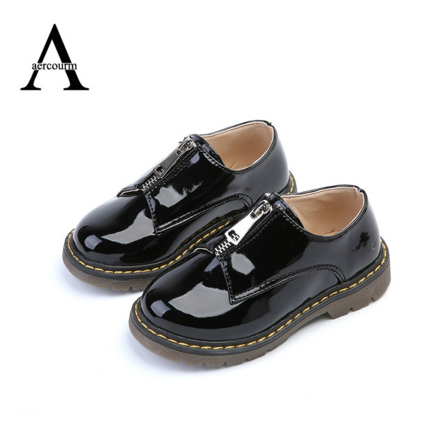 Aercourm A Spring 2017 Children Shoes Wholesale Patent Leather Boys Pure Girls Shoes Front Zipper Kids Flat Waterproof Sneakers