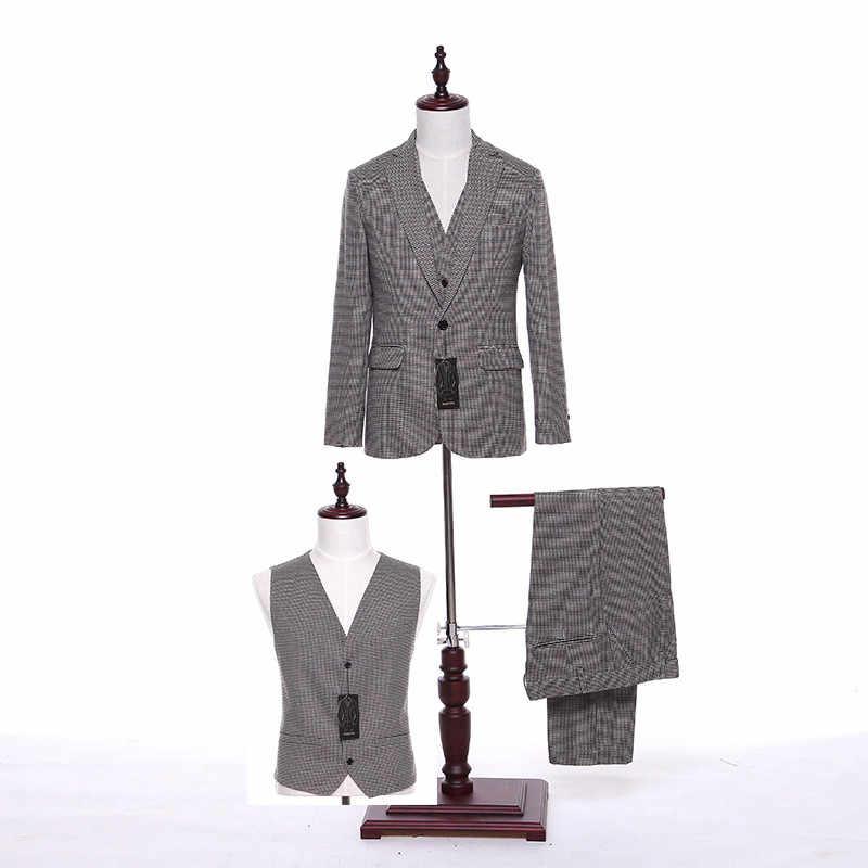 新しいデザインメンズクラシックスーツライトグレーチェック柄生地メンズスーツ結婚式花婿の付添人タキシードウエディング3ピーススーツ