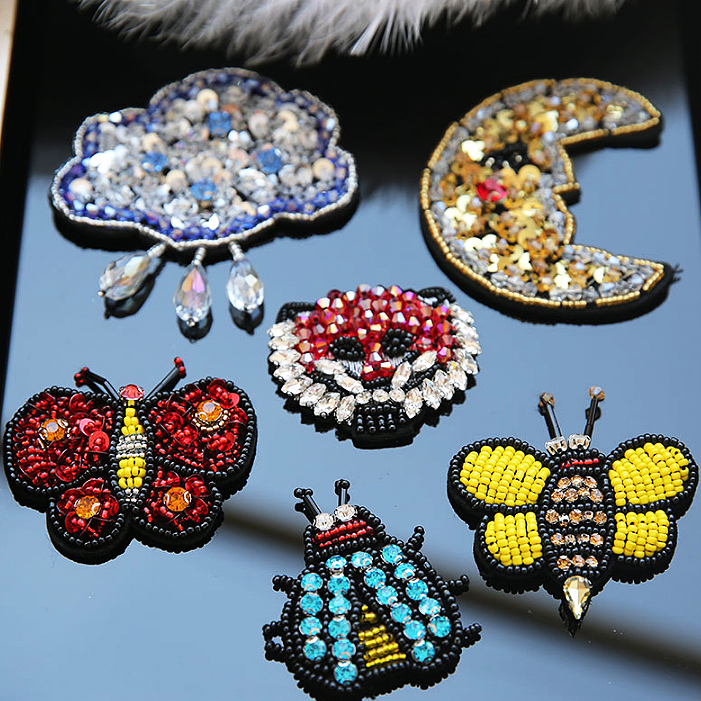 Sequins Diamond Bee Butterfly Insect Moon Leopard Head Rhinestones Bead Embroidered Sew On Patches For Bags Clothes DIY Accessor