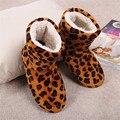 O Envio gratuito de 2015 (1 Par/lote) Senhoras adulto sapatos de interior, casa sapatos fechados, superfície macia fundo macio, leopardo botas de interiores