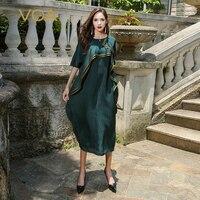 VOA Плюс Большой Размеры свободные 5XL шелк жаккард Платье Для женщин темно зеленый китайский Стиль Половина рукава простые однотонные халат