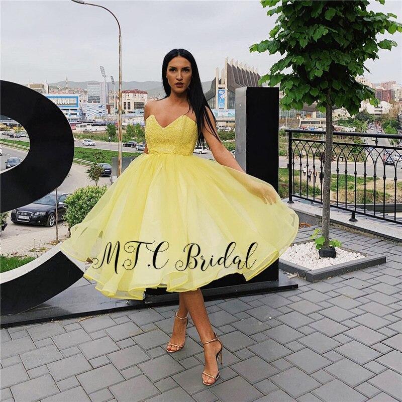 Jaune court arabe robes De bal 2019 chérie genou longueur Organza dentelle Sexy robes De soirée Robe De soirée sur mesure