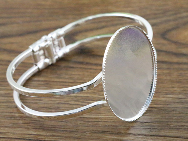 668404538 High Quality 30*40mm Silver Plated Oval Bangle Base Bracelet Blank Findings  Tray Bezel Setting Cabochon Cameo (L6-30)