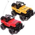 1:24 Drift Velocidad Radio Remote Control RC Jeep Off-Road Del Vehículo y Linterna Color Al Azar