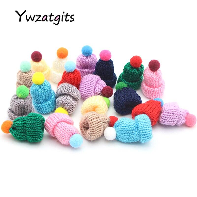 Ywzatgits 10pcs 3.5cm Mixed Woolen Yarn Mini Hat Cap Headwear Garment Dolls Christmas Craft Scrapbooking Materials YB1109