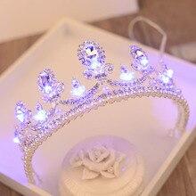 바로크 라이트 크라운 반짝이 모조 진주 퀸 프린세스 티아라 신부 빛나는 크라운 걸스 파티 웨딩 여성 헤어 액세서리