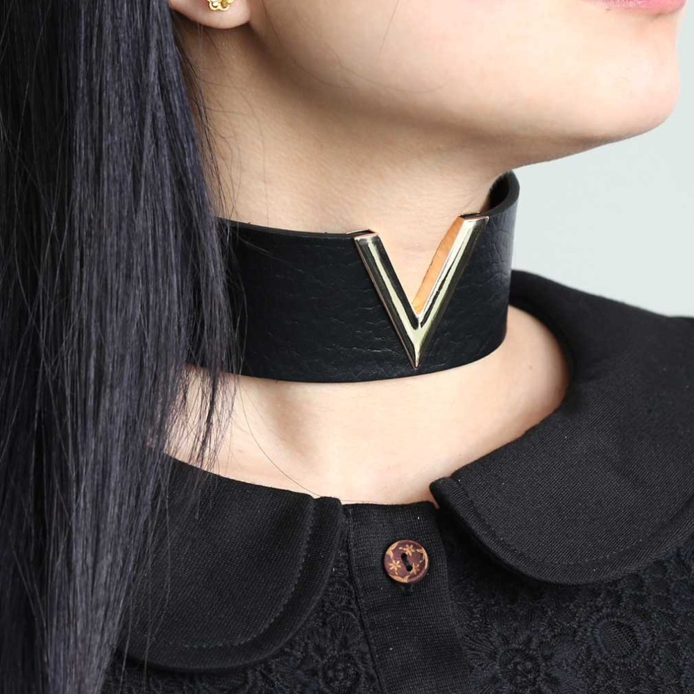KMVEXO Women Men Cool Handmade Jewelry V Metal Oversized 2018 Choker  Leather Collar Bondage Harness Necklace Punk Chockers Gift
