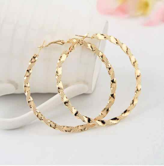 Fashion Girl Statement Earrings Jewelry Alloy Carved Silver Gold Color Big Hoop Earrings For Women Gift 2018 New Fine Jewelry