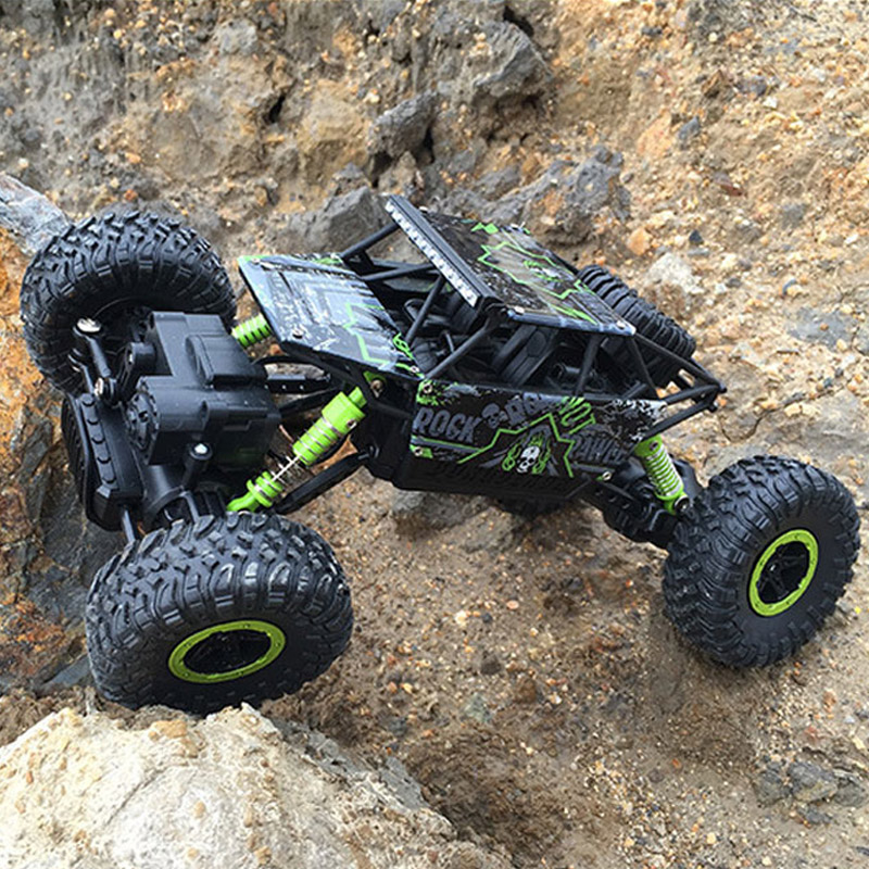 Large 1:18 4CH RC Cars Updated Version 2.4G Radio Control RC Cars Models Toys 2017 High speed Off-Road Trucks Toys for Children 34cm large 1 12 4wd rc cars updated version 2 4ghz radio control rc cars buggy 2018 high speed off road trucks toys for children