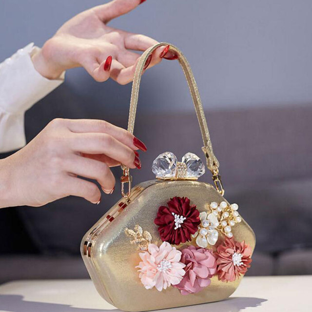 LJT 2019 New Luxury Handbags Women Bags Designer Fashion Prom Evening Bag Diamond Flower Clutch Bag Banquet Party Purse feminina