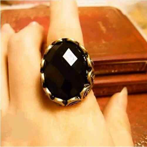 nj44 2016  New Fashion Hot-Selling~Wholesale Fashion Carved Black Gem Ring Retro Personality Ring  free shipping