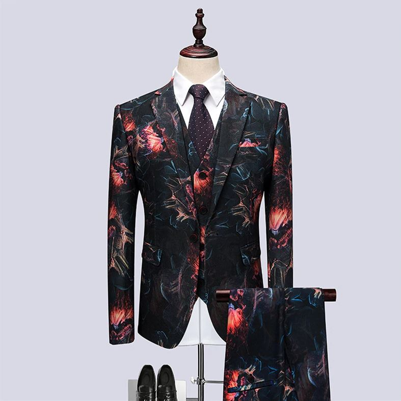 2018 New Nightclub Korean Version Of The Slim Suit Three Sets Of Tide Male Host Performance Floral Personality Dress Tide Terno