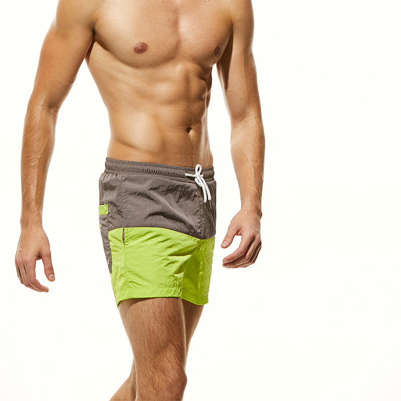 CRYYU Men Casual Summer Relaxed Fit Quick Dry Floral Printed Elastic Waist Beach Shorts Boardshort Swim Trunk