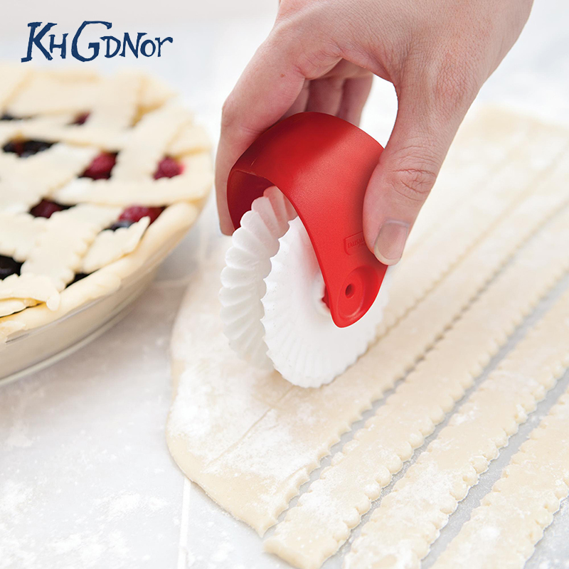 AM/_ 2Pcs Spiral Cooking Silicone Mold Bakeware Kitchen Bread Cake Tool Decor San