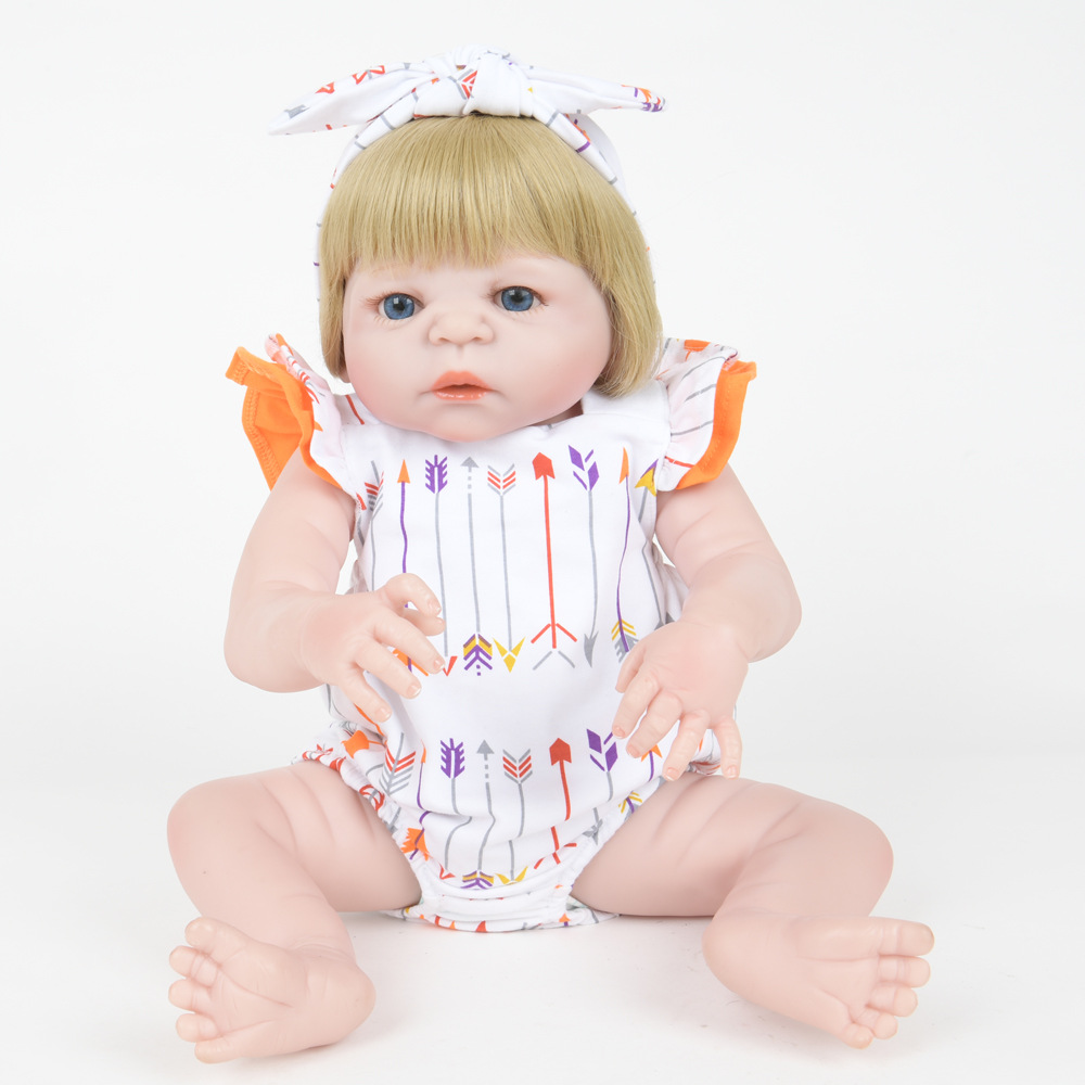 55cm Exquisite Newborn Girl Doll Soft Silicone Realistic Reborn Baby Dolls Toy with Cloth Body for Children Birthday Xmas Gift цены