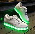 2017 CALIENTE! Luz Led cordones de Los Zapatos Para Los Hombres de Moda Zapatos Casuales Para Adultos 11 Colores Exteriores Brillantes ue Size35-44 chaussure lumineuse