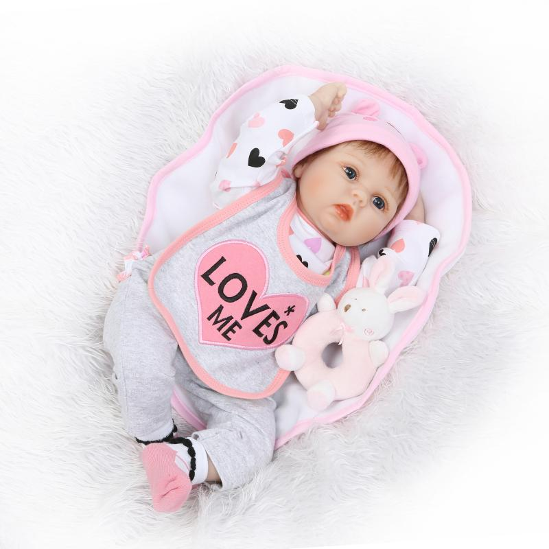 цены на New 22 55cm Soft Body Silicone Reborn Baby Doll Toy For Girls Vinyl Newborn Girl Babies Dolls Kids Child Gift Girl Brinquedos