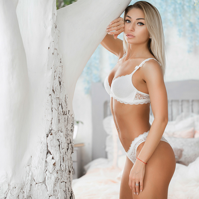 NEW Sexy Intimates Lace Comfortable Bra & Panty Sets 2
