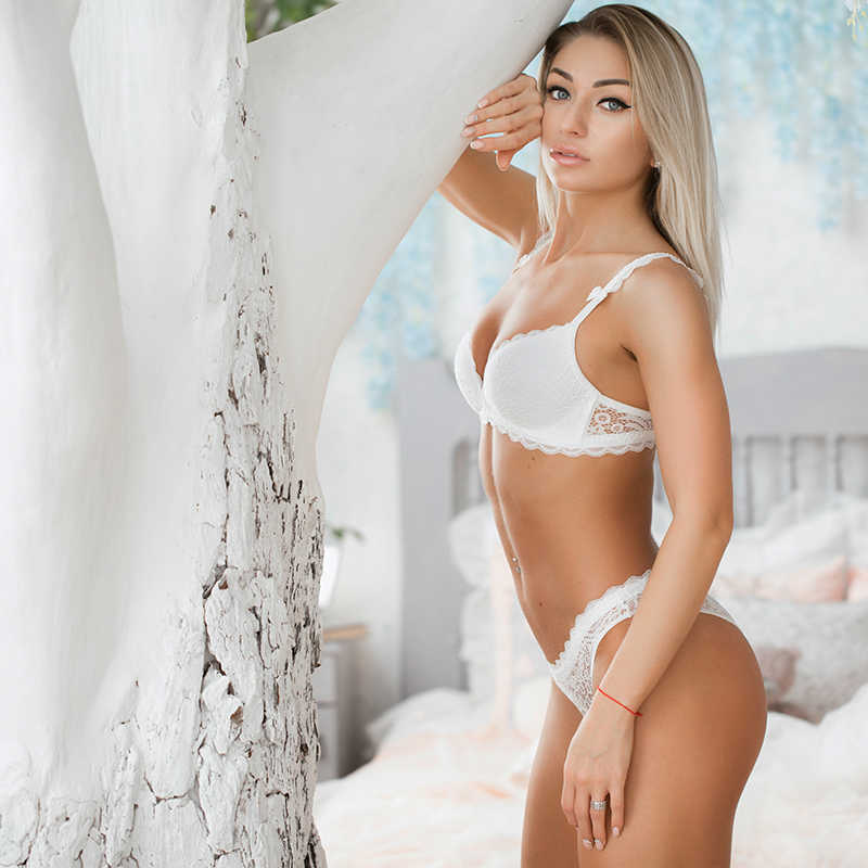 VS marka 2019 nowy seksowny biustonosz Intimates zestaw bez fiszbin bielizna koronkowa bielizna biustonosz nieusztywniany push up wygodny biustonosz i majtki zestawy