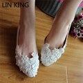 LIN REI Doce Mulheres Sapatos de Casamento Branco Pérolas Rendas PU couro Low Top Slip On Flats Heel Nupcial Do Partido Da Princesa sapatos