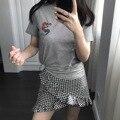 Moda feminina clothing t-shirt top mulheres t-shirt da sereia do bordado casual manga curta imagem dos desenhos animados do sexo feminino