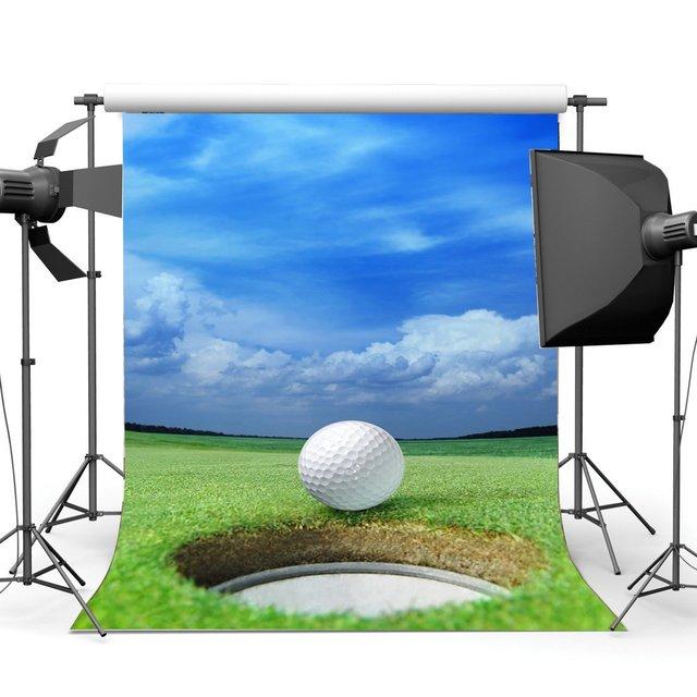 Golf Hintergrund Frühjahr Blauen Himmel Weißen Wolke Grün Gras Wiese Kulissen Picknick Im Freien und Wandern Sport Fotografie Hintergrund