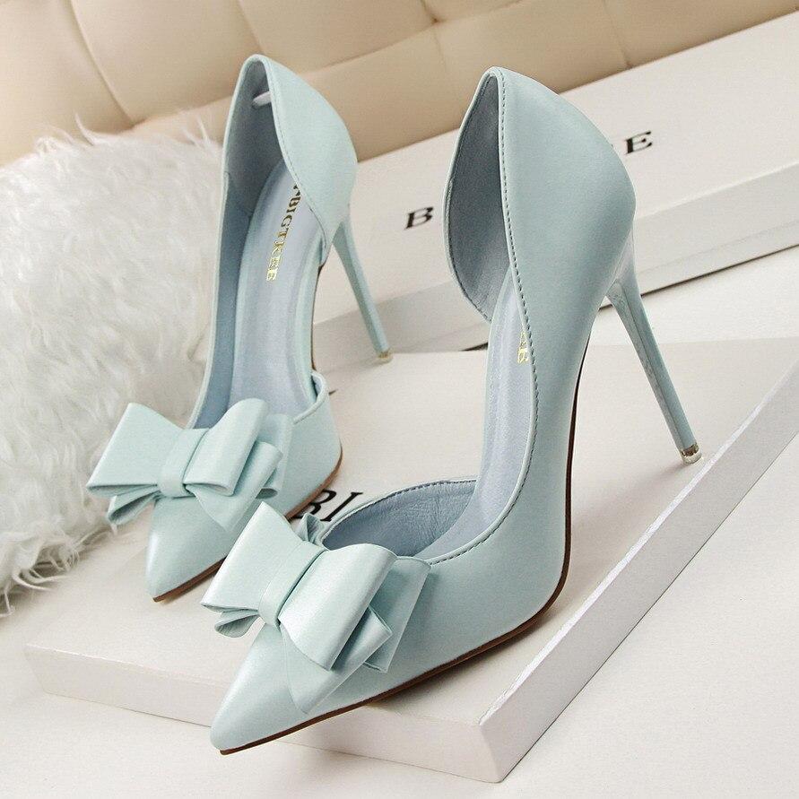 Nueva moda delicado dulce Bowknot zapatos de tacón alto lado hueco señaló bombas de las mujeres