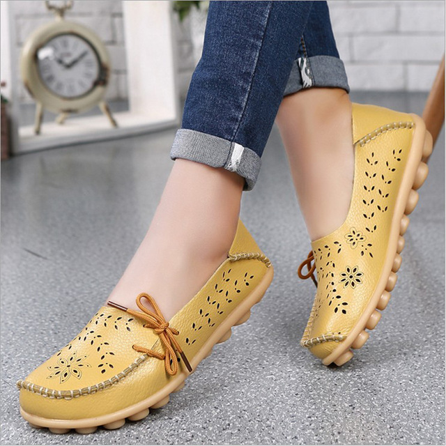 Shoes Woman 2019 Hot Fashion Hollow Genuine Leather Shoes Ladies Peas Breathable Soft Sneakers Women Flats Shoes Plus Size