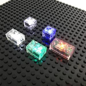 Image 2 - 5 teile/los Leucht Blöcke LED Licht Diy Strobe Leucht Doppel Lampe Bunte Licht Zubehör Ziegel Spielzeug für Kinder