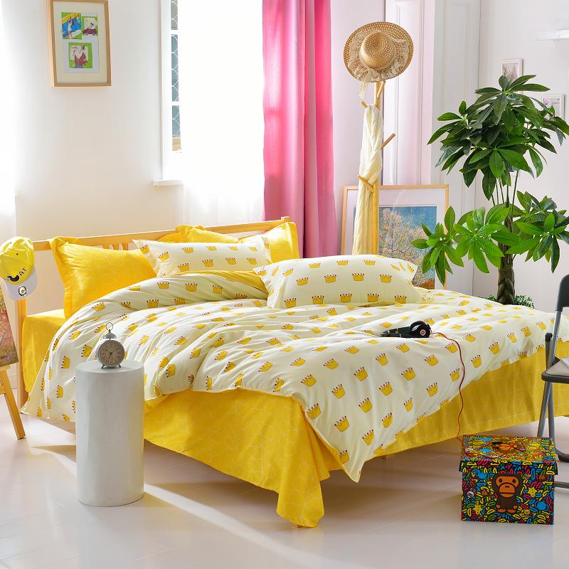 Latest Design Yellow Bed Sheet Crown Printed Duvet Cover Modern Style Princess Bedding Set-in