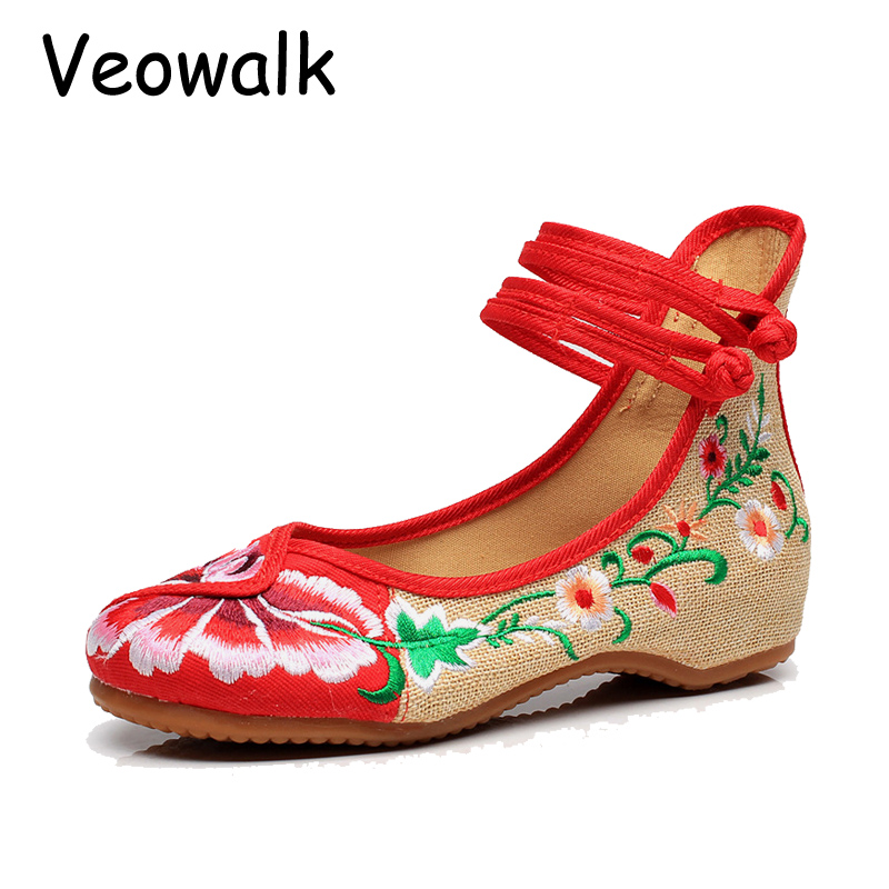 Veowalk Indonesia Style Flower Embroidery Shoes National Shoes Women Comfortable Soft Cloth Shoes Big Bize 34-41 vintage embroidery women flats chinese floral canvas embroidered shoes national old beijing cloth single dance soft flats