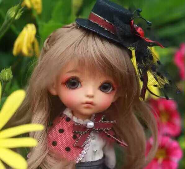 Free shipping . free shipping 1/8 bjd doll G.yuri-in Dolls from Toys & Hobbies    1