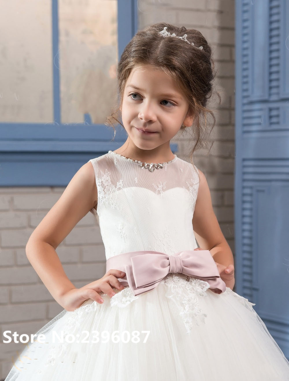 White Tulle Ball Gown Princess   Flower     Girl     Dresses   with Bow Sleeveless O-Neck First Communion   Dress   Vestidos de comunion 2019