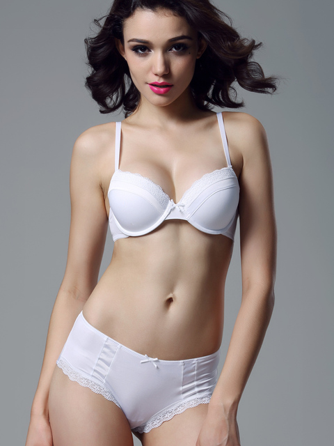 6e784fab72036 European and American big new underwear female models comfortable 4 3 cup  white ultra-thin silky bra suit sexy fashion packet