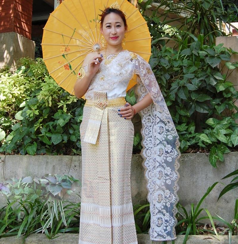 Traditional elegant new arrival Thai Dai Wedding Dress White Sleeveless shoulder slim wedding veil with Thailand Laos Bride Wear
