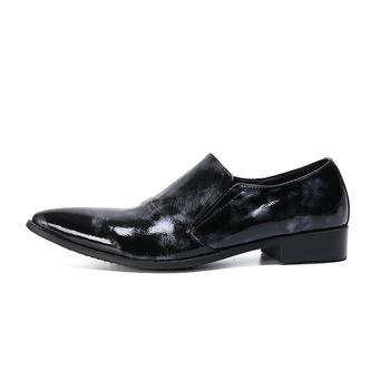 Indywidualny charakter męskie skórzane buty modne skórzane buty oddychające na co dzień buty męskie męskie buty z niskie obcasy tanie i dobre opinie Dla dorosłych Przypadkowi buty Prawdziwej skóry Skóra bydlęca Gumowe Świńskiej Podstawowe Oddychająca Lace-up Wiosna jesień