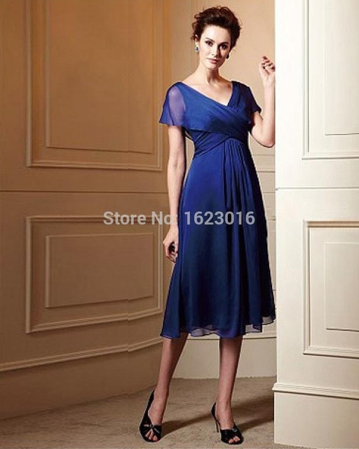 Azul Royal 2017 Mãe Da Noiva Vestidos A-line Curto Mangas Chá de Comprimento Chiffon Vestidos de Noite Vestidos Mãe Para O Casamento